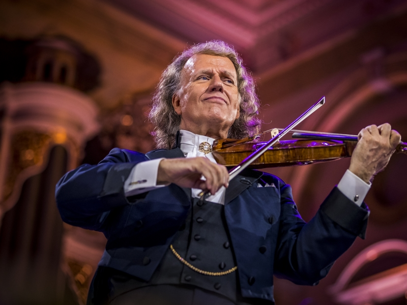 Andre-Rieu-2019-image-8-re-sized.jpg
