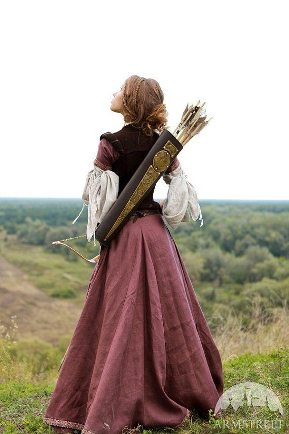 c07f576fde685a0deb8bcf4559d7d8f9--medieval-costume-renaissance-costume.jpg