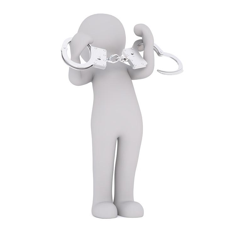 handcuffs-2081861_960_720.jpg