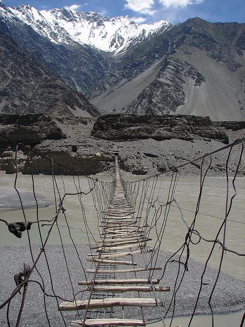 Pakistan, Hussaini Hanging Bridge2.jpg