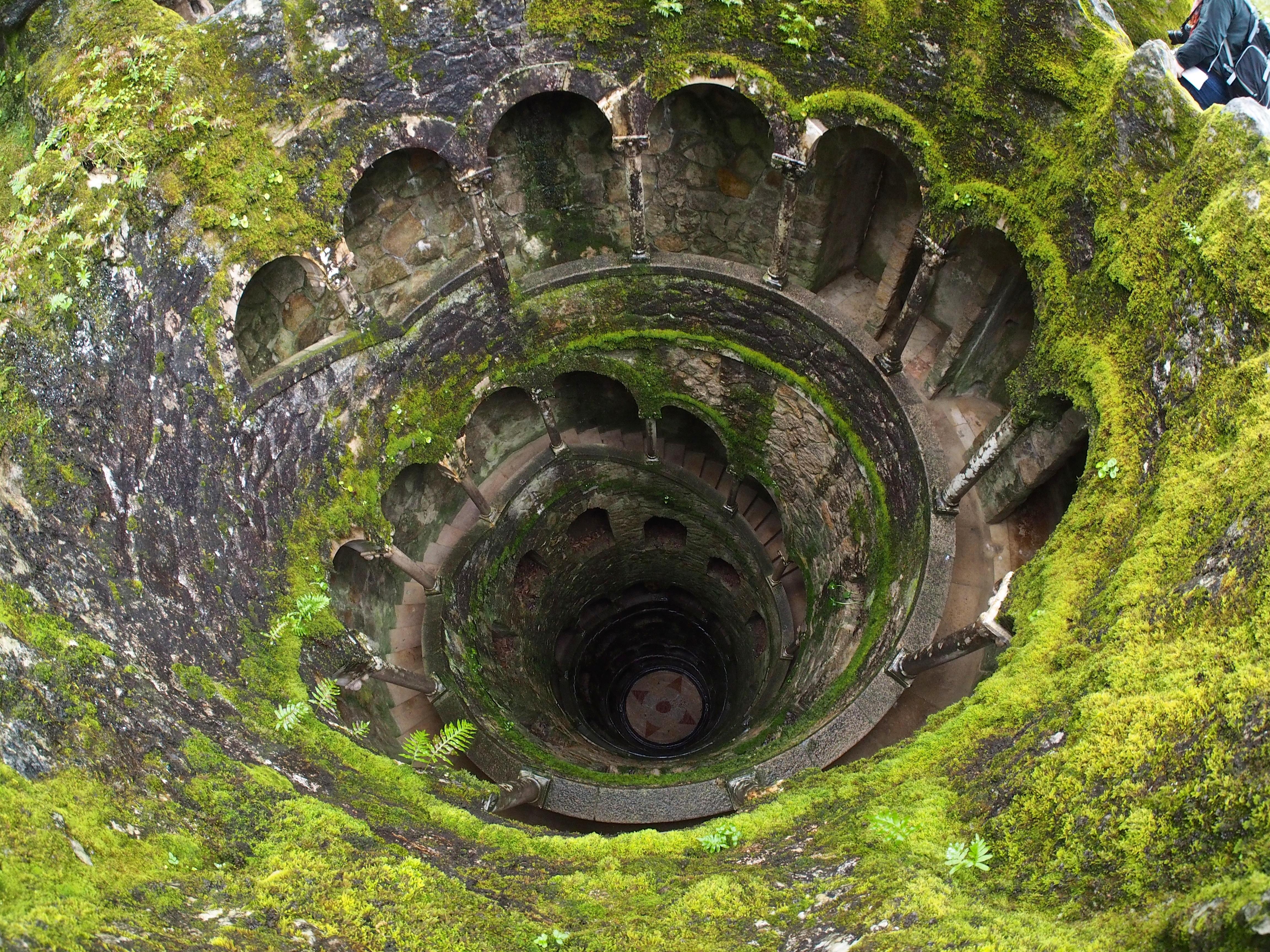 Portugal, Sintra, Quinta da Regaleira Initiation Well1.jpg