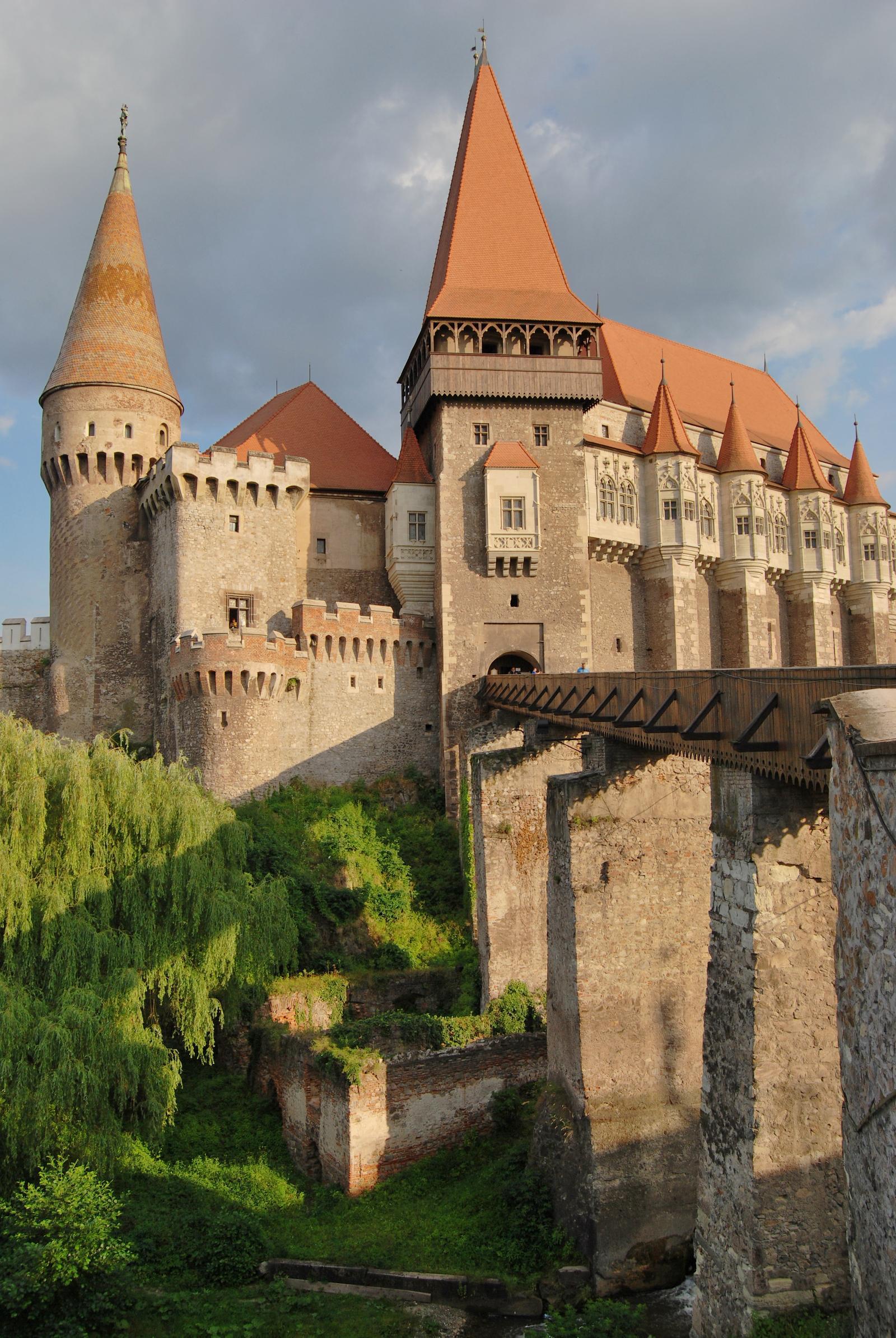 Romania, Corvin Castle.jpg